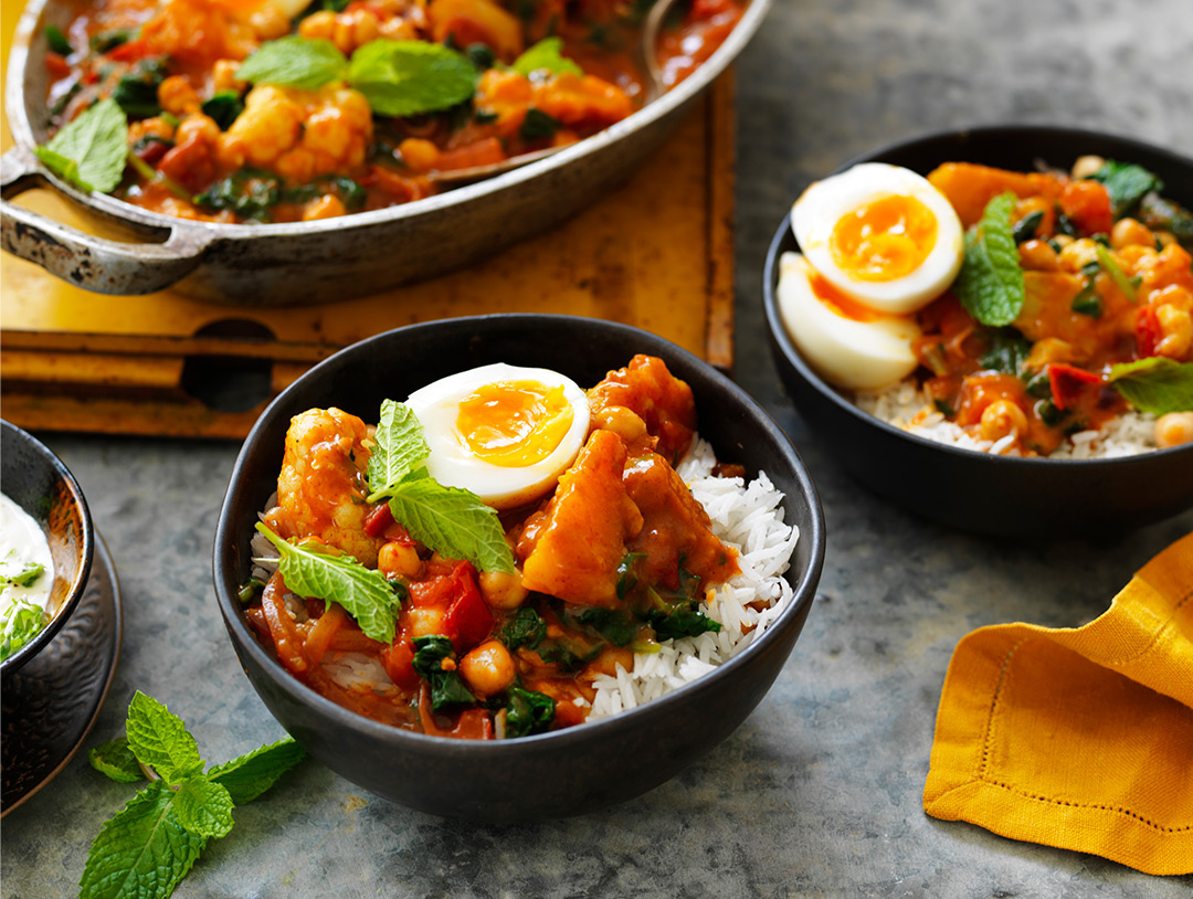 Sri Lankan Chickpea and Vegetable Egg Curry